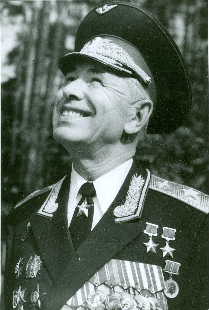 Николай Михайлович Скоморохов. 1982 г. Монино, Московская область