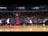 Derrick Rose Sinks an INCREDIBLE Acrobatic Bucket