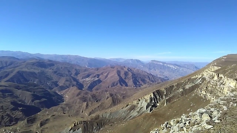 Села Мегеб и Согратль с вершины плато Дурчидаг 2 300 м, Гунибский район   туризм в Дагестане