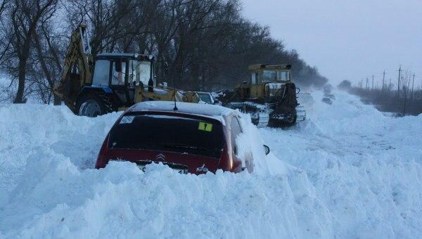 Донские власти выделили 170 миллионов рублей на снегоуборочную технику