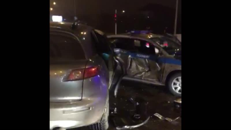 Полицейские, рискуя жизнью остановили пьяного автоугонщика