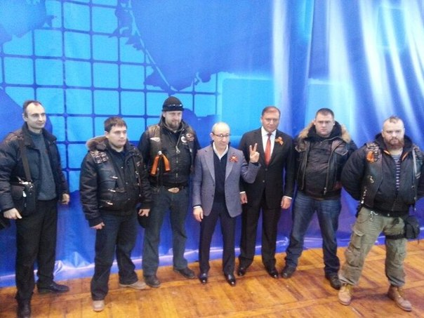 """Террористы 8 раз атаковали """"киборгов"""" в аэропорту Донецка. Все нападения отбиты, - СНБО - Цензор.НЕТ 6427"""