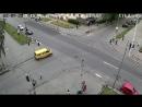 Ленина - Андропова мотоциклист с правой полосы поворот налево