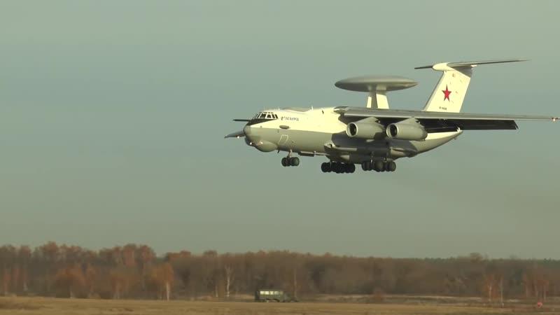 Уникальные кадры полетов самолета дальнего радиолокационного обнаружения А-50