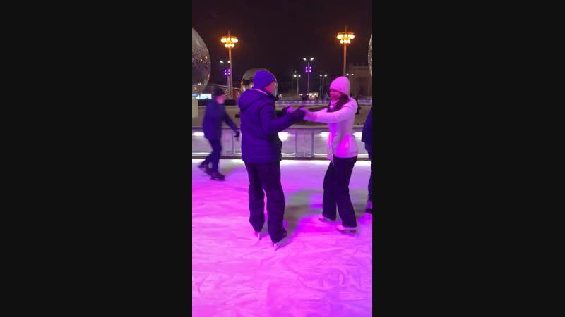 Наш танцевальный дуэт в новогодних спортивных танцах на льду