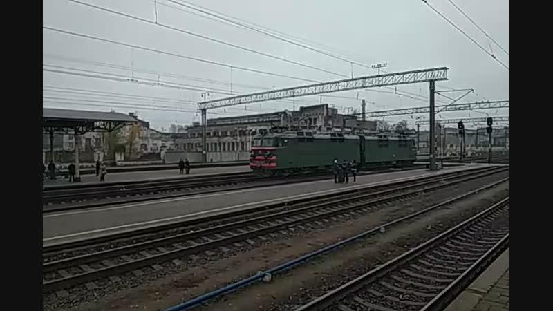 Электровоз ВЛ80С-1262 резервом на станции Конотоп