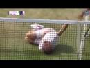 В матче ветеранского турнира Уимблдона шведский теннисист Йонас Бьоркман получил мячом в затылок от напарника и решил спародиров