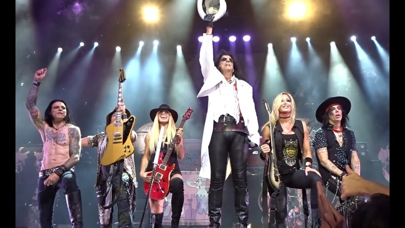 Alice Cooper Schools Out with Guest Orianthi 81218 LA Greek Theater