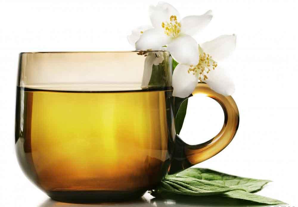 Ряд трав можно употреблять в виде чая в качестве части очищения кишечника.