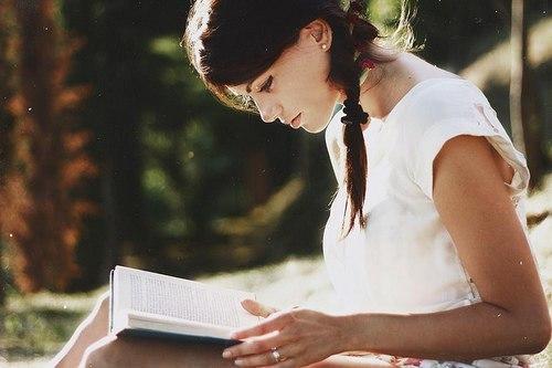 Чтение — это беседа с людьми, гораздо более мудрыми и интересными, чем те, с которыми нас сводит случай