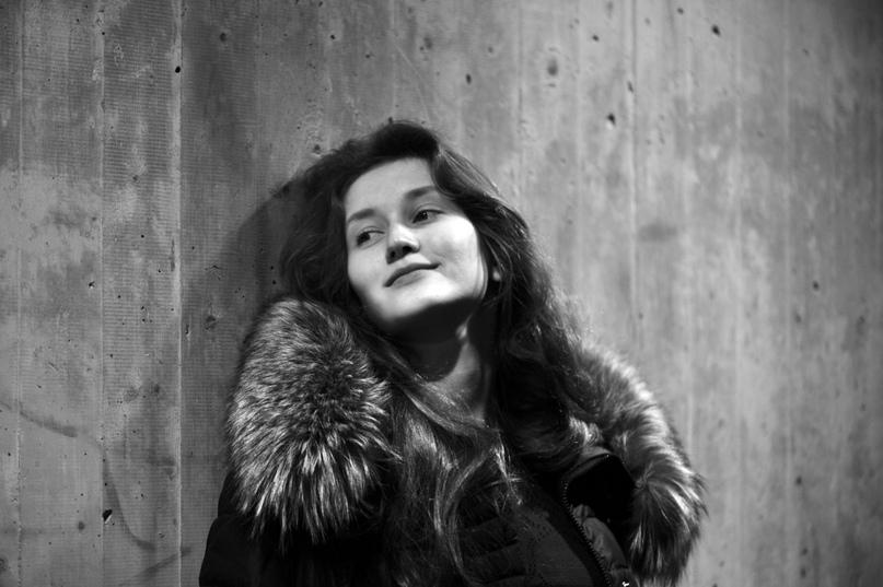 Илона Диновская |