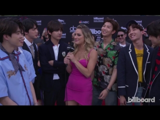 180521 BTS Talks Love of Latin Pop and Show Off BBMA Victory Dance @ BBMAs Red Carpet