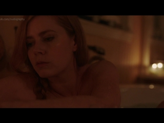 Эми Адамс (Amy Adams) голая в сериале