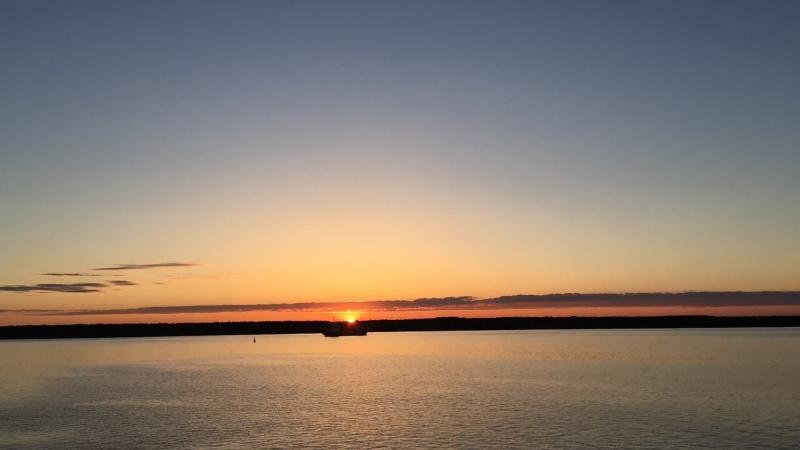 Белые ночи Балтики...рассвет...
