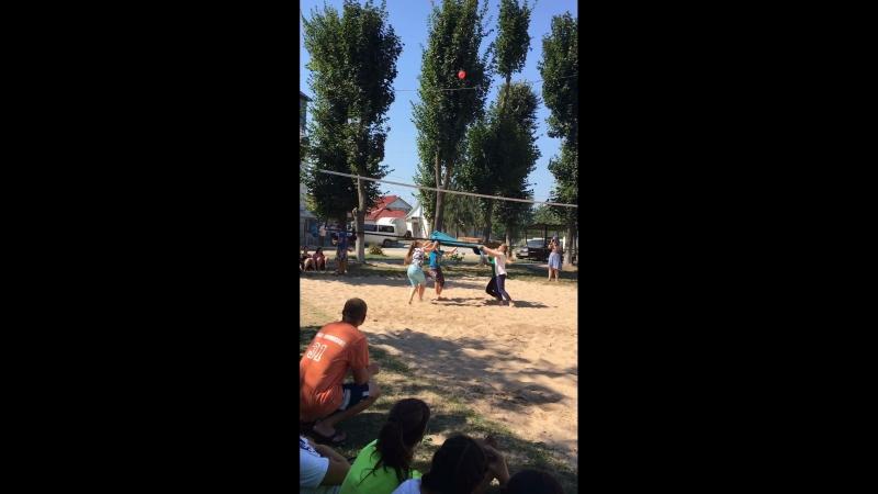 Ігра шарік лагерь