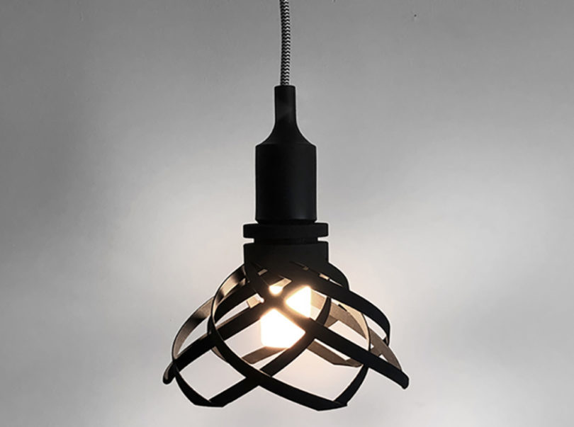 A 3D Pendant Lamp That Dims With a Twist