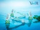 Пять плавающих лезвий бритвы Venus Embrace плотно прилегают к коже и обеспечивают идеально…