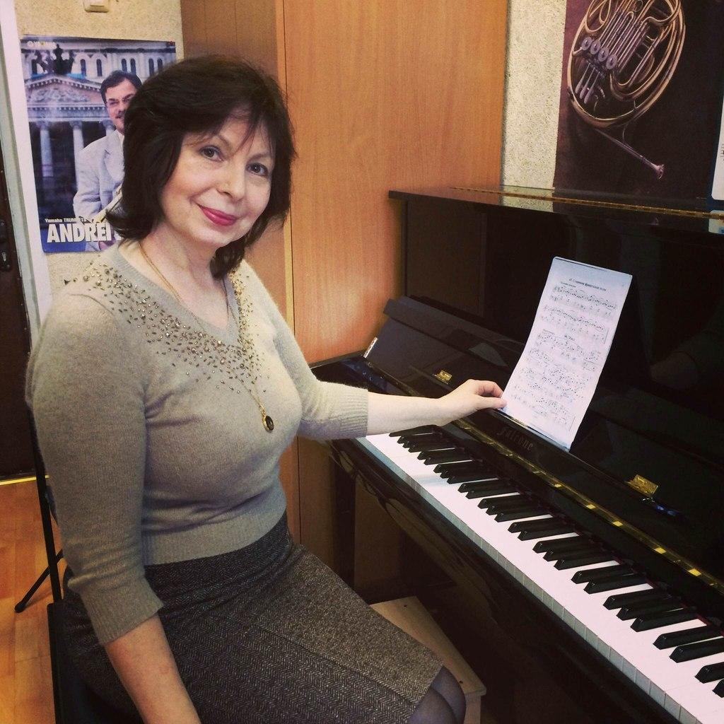 Панова Лариса Владимировна