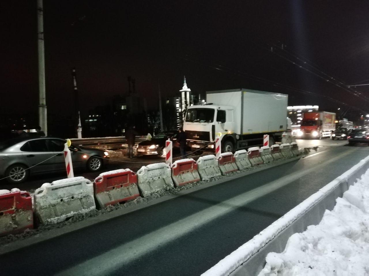 Опять два раза блокировали Кобринский мост в результате ДТП