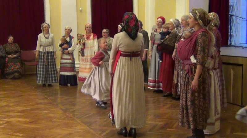 Хороводная. София. Тропина. Tradition. Folklore. 印度. روایت