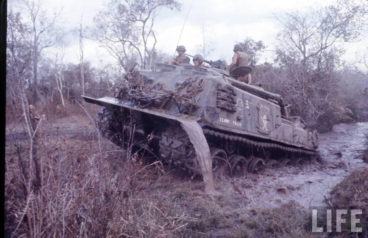 guerre du vietnam - Page 2 QRX49fyPL1M