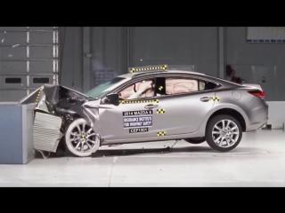 2014 Mazda 6 moderate overlap IIHS crash test