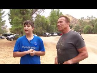 Арни осуществил мечту 15-летнего поклонника