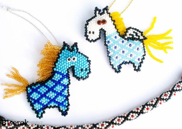 #брелок #лошадь #плетение