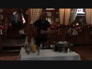 бармен шоу кафе Гуси - Лебеди НГ 2017