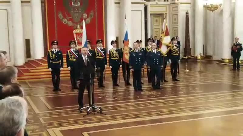 Беглов посетил церемонию передачи личного штандарта командующему Северо-Западным округом Росгвардии