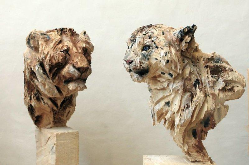 Изумительные скульптуры животных из дерева