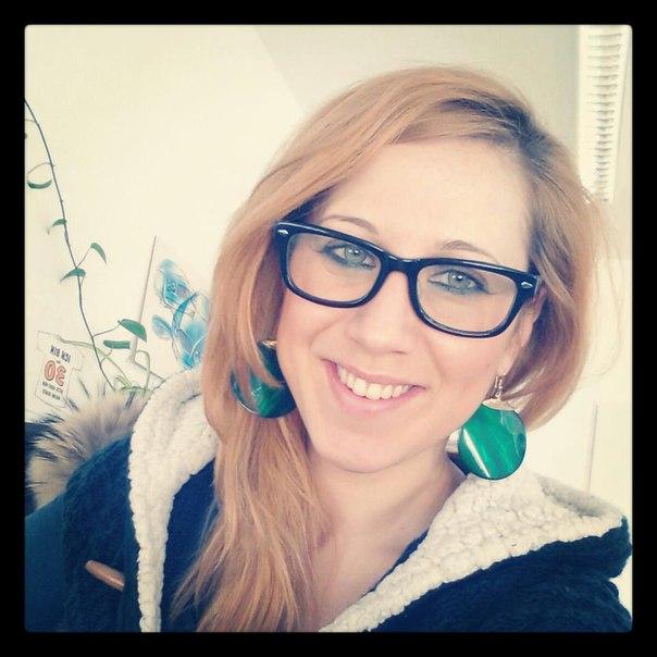 Elena Piras updated her profile picture: - 1IUFqsKE1iQ