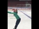 Девочка танцует на льду хорошее настроение, будущая спортсменка чемпионка, любительское видео, танцы на льду, спорт, танцует.