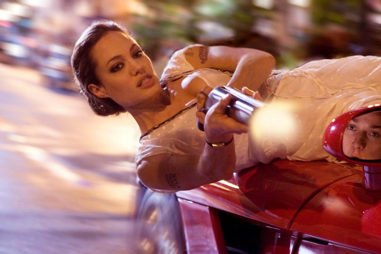 Анджелина Джоли собирается завершить карьеру в кино