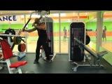Упражнения для грудных мышц. Сведения в тренажере Наутилус на грудь. Техника выполнения