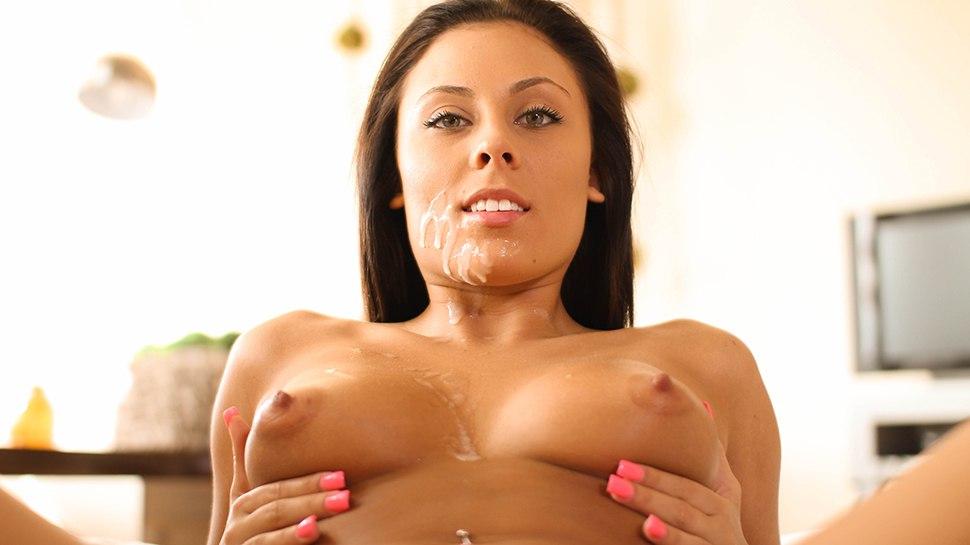 PornPros - No Peeking Allowed - Gianna Nicole (Завязала ему глаза и трахнула)