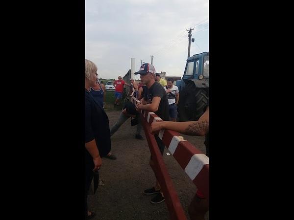 Харківські тітушки захопили тракторну бригаду.с.Огіївка Сахновщинський р-н