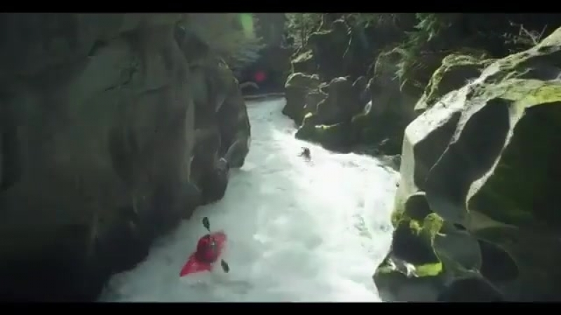 @shiftedcinema flying the line through the canyon with ALTA8 as some brave paddlers ride the rapids @bennymrr @rushsturges @waz