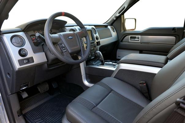 Очень редкие : 2010 Hennessey VelociRaptor 600 Класс: full-size picup trucТип кузова: 4-door picup Двигатель: V8 6.2 L supercharged Мощность: 600 л.с. КПП: АКПП-6 Привод: полный Компоновка: