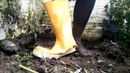 Converse, tights and yellow wellies get muddy!