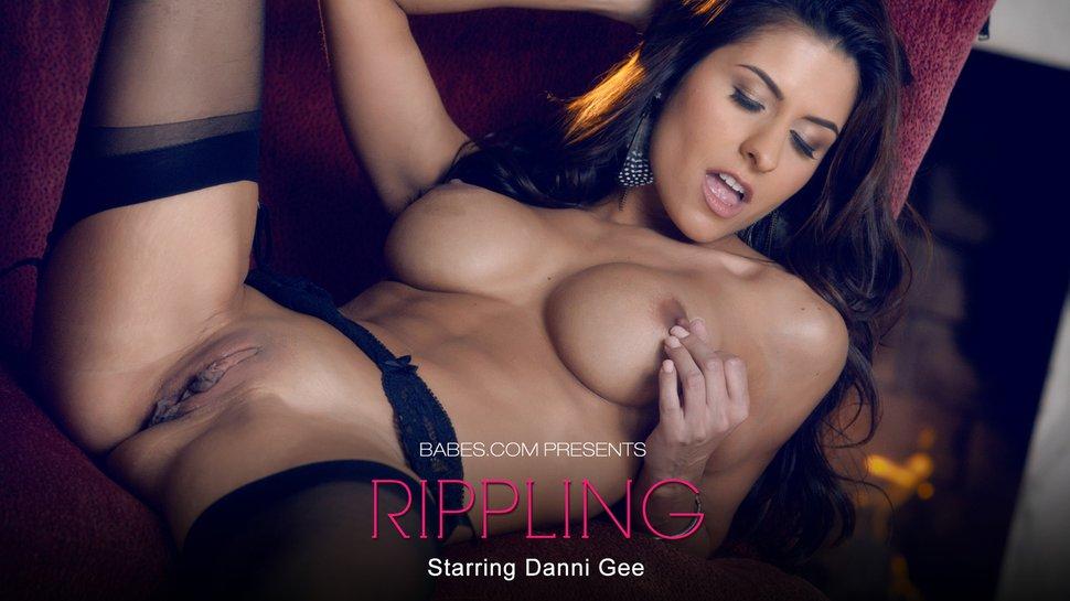 Danni Gee Rippling