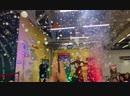 Мега генераторы пузырей с эффектом подсвечивания пузырей в шоу BubbleMan Galaxy plus