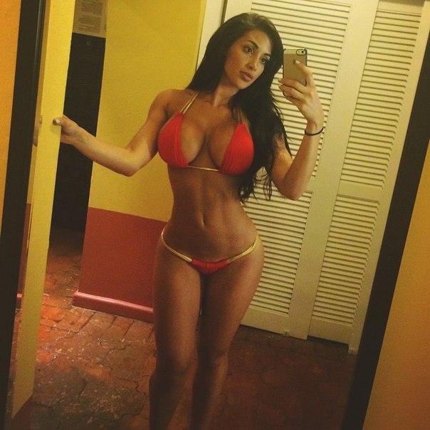 Emelie Ekstrom New post on instagram fitness