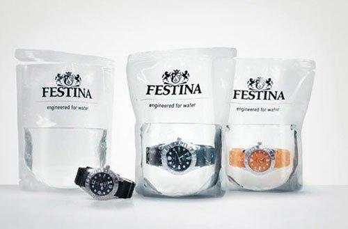 Водонепроницаемые часы, которые продаются в упаковке с водой.