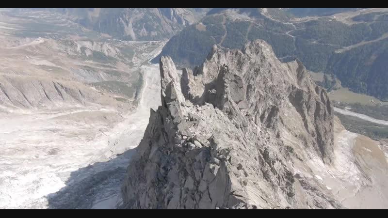 BASE Wingsuit proximity flying