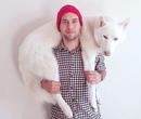 Джон Сторц – иллюстратор и путешественник из Сша. У Джорджа есть верный пёс по кличке Волк…