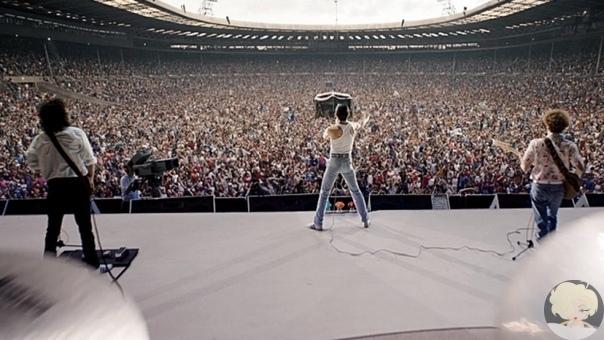 Мировая премьера биографической ленты «Богемская рапсодия» состоится в лондонском спорткомплексе «Уэмбли Арена», который вмещает 12,5 тысяч человек.