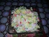 вкусный салат с крабовыми палочками и рисом