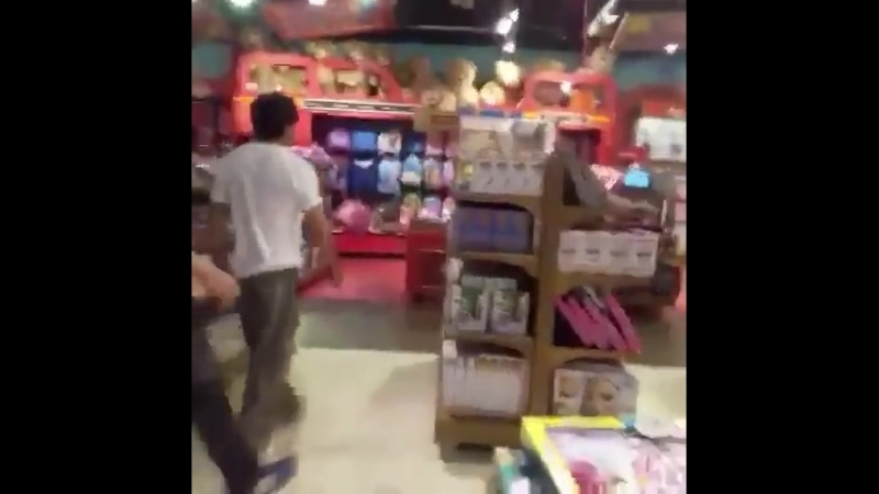 Shah Rukh Khan is shopping at the Hamleys store in the shopping mall of High Street Phoenix Mumbai