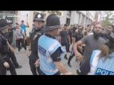 Englische Junge Leute gegen den Bau einer Moschee in Worcester, Vereinigtes K